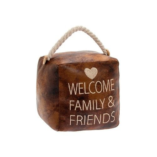 """Fyrkantigt dörrstopp med text """"Welcome Family and Friends"""""""